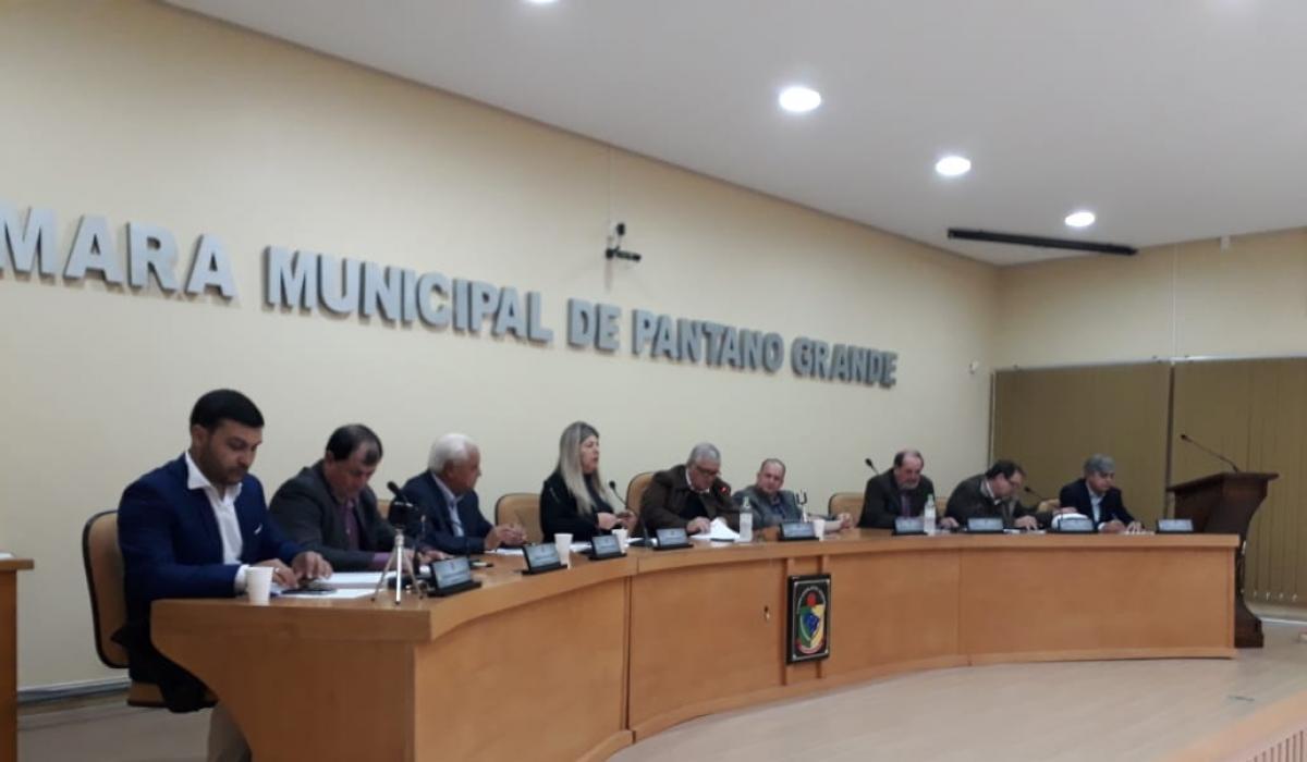Sessão Ordinária de 12 de junho